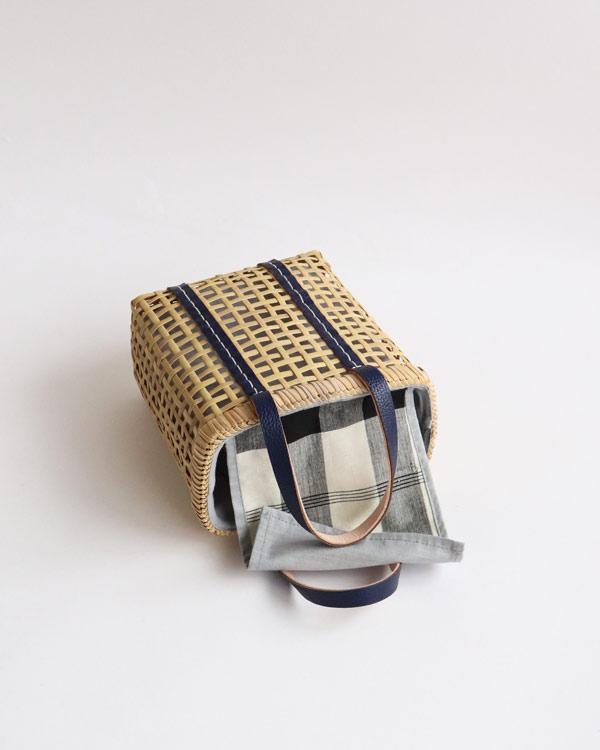 warang wayan(ワランワヤン) Bamboo amiami 四角バスケット ネイビー SS