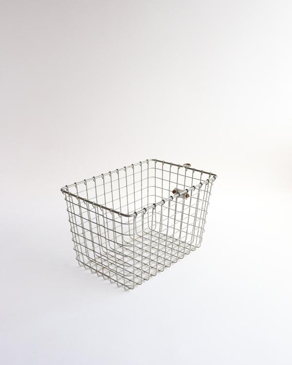 ワイヤー製ジムバスケット