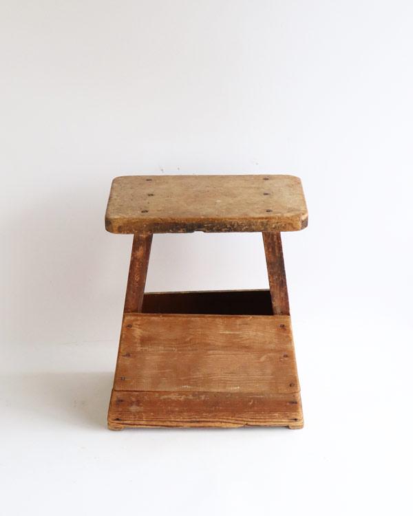 木製 踏み台 B