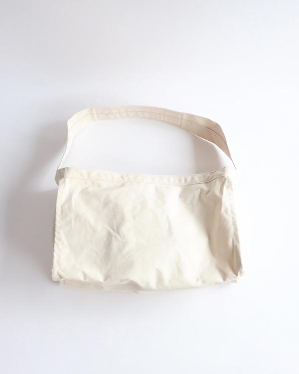 LABOR DAY レーバーデイ EARLY NEWSPAPER BAG アーリーニュースペーパーバッグ【NATURAL】