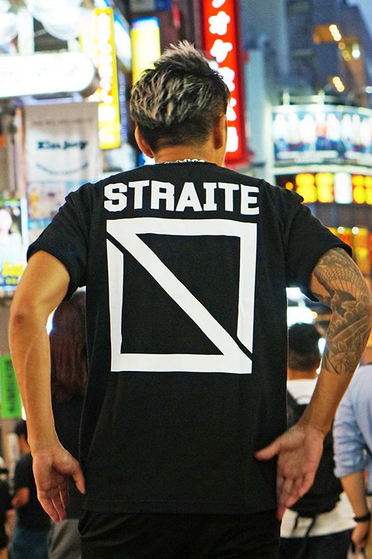 スクエアロゴTシャツ [STRAITE]