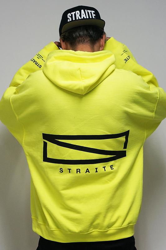 【予約制】ネオンカラーレクタングルロゴパーカー [STRAITE]
