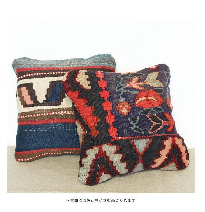 KILIM(キリム)<br>「OLD KILIM Cushion(オールドキリムクッション)」<br>40×40cm 中材入り