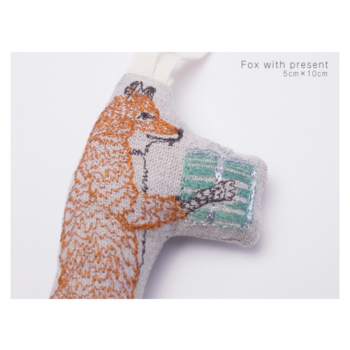 Coral & Tusk(コーラル&タスク) アニマルモチーフ 刺繍オーナメント