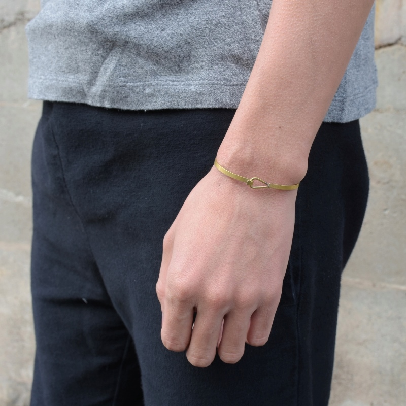 真鍮 生地 バングル ブレスレット 可愛い 高級感 お洒落 ゴールド プレゼント ギフト シンプル GOLD