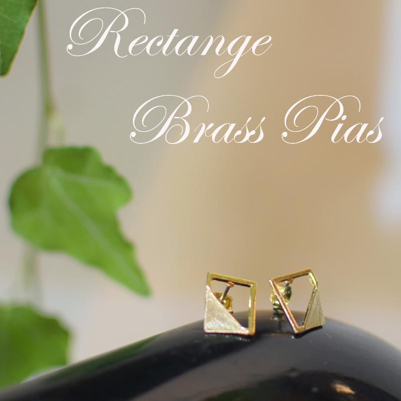 四角 三角 真鍮 ピアス スクエア トライアングル チタン ゴールド ペア レディース 可愛い 高級感 お洒落 プレゼント ギフト