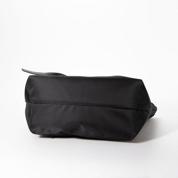 シンプルナイロンマザーバッグ