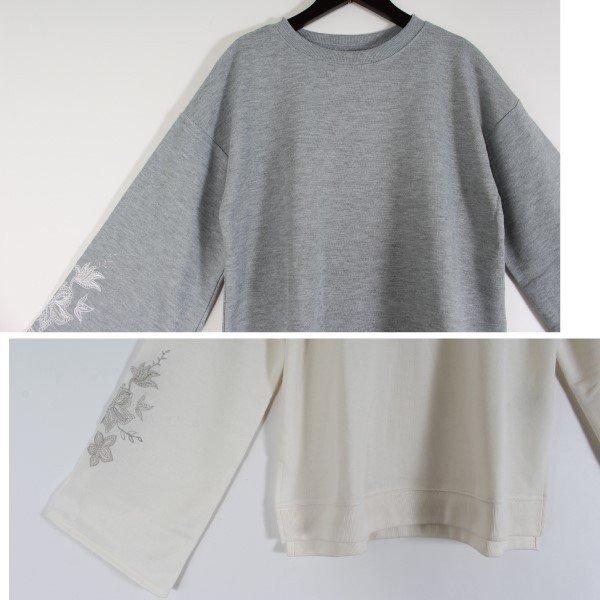 刺繍入りフレアスリーブプルオーバー