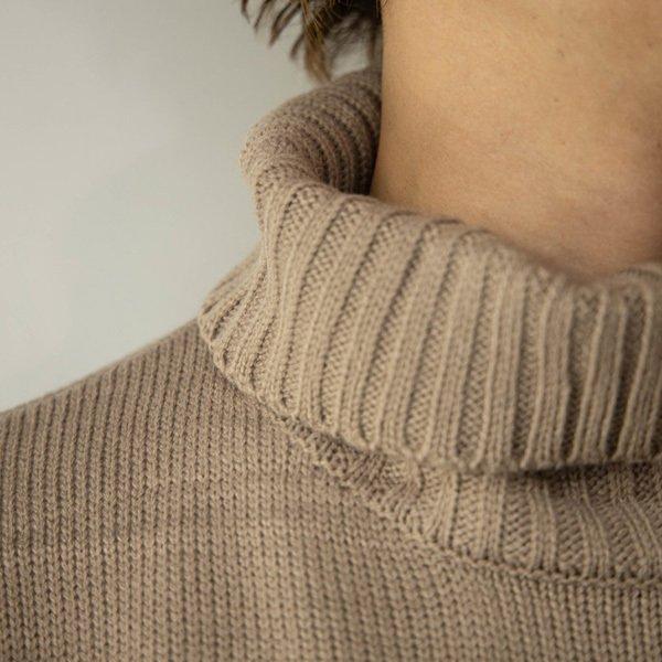 5Gタートルネックビッグセーター