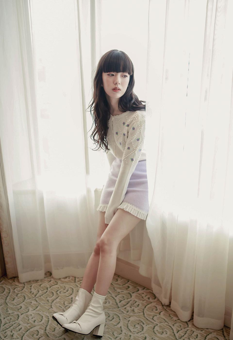 フリル刺繍リブニットスカート