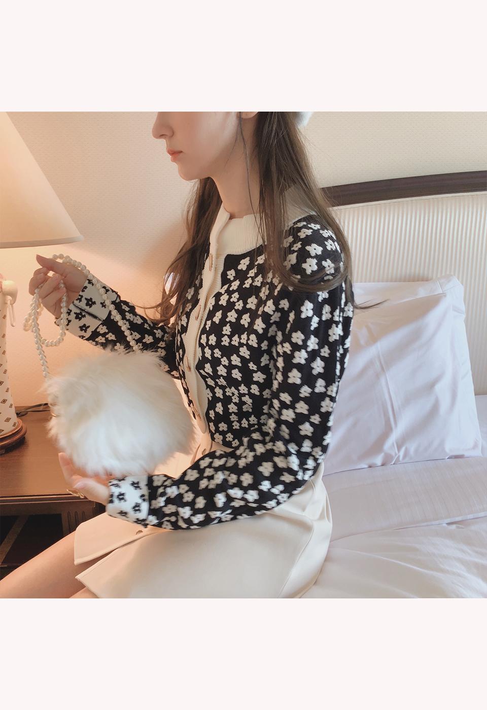 【予約販売】ポケット付き前ボタン台形ミニスカート