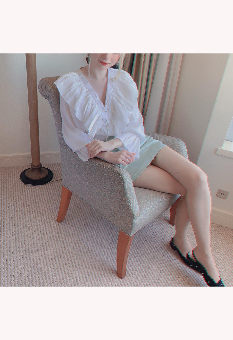 オーロラ春色ミニスカート