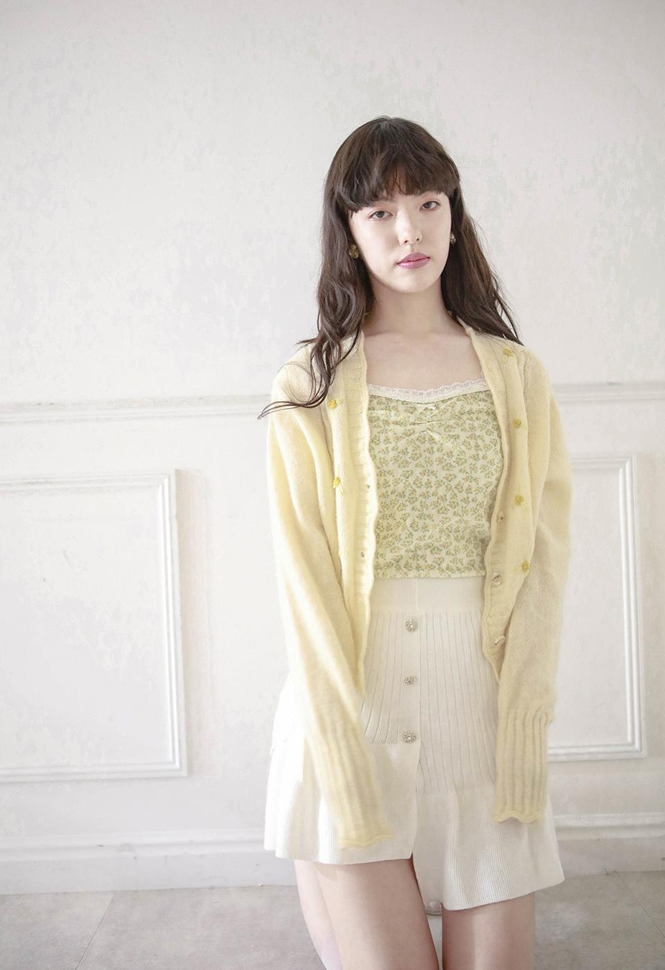 【予約販売】花柄刺繍パフスリーブニットカーディガン