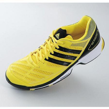 【送料無料】アディダス(adidas) バドミントンシューズ ビーティー フェザー(BT Feather) G64346 バドミントン ラケットスポーツ シューズ 2013年モデル
