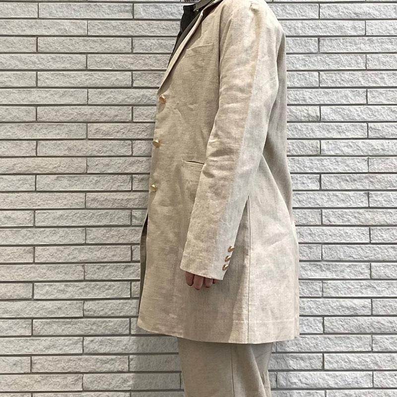 金ボタン綿麻テーラードジャケット
