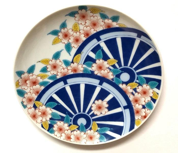 鍋島様式色絵桜御所車文 19.5cm皿用