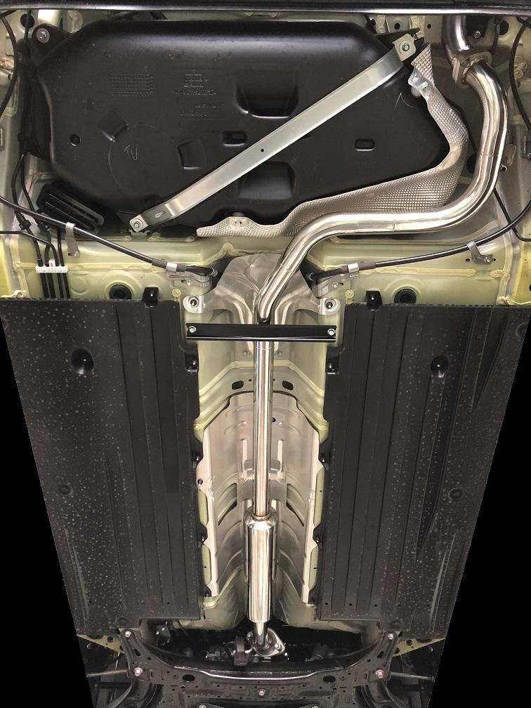【業者配送】ZC33系 スイフトスポーツ(MT車)用センターマフラー