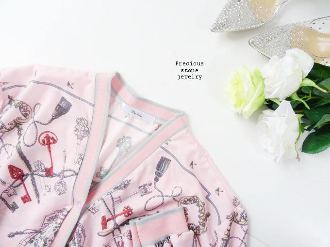 ピンクスカーフ柄カーディガン