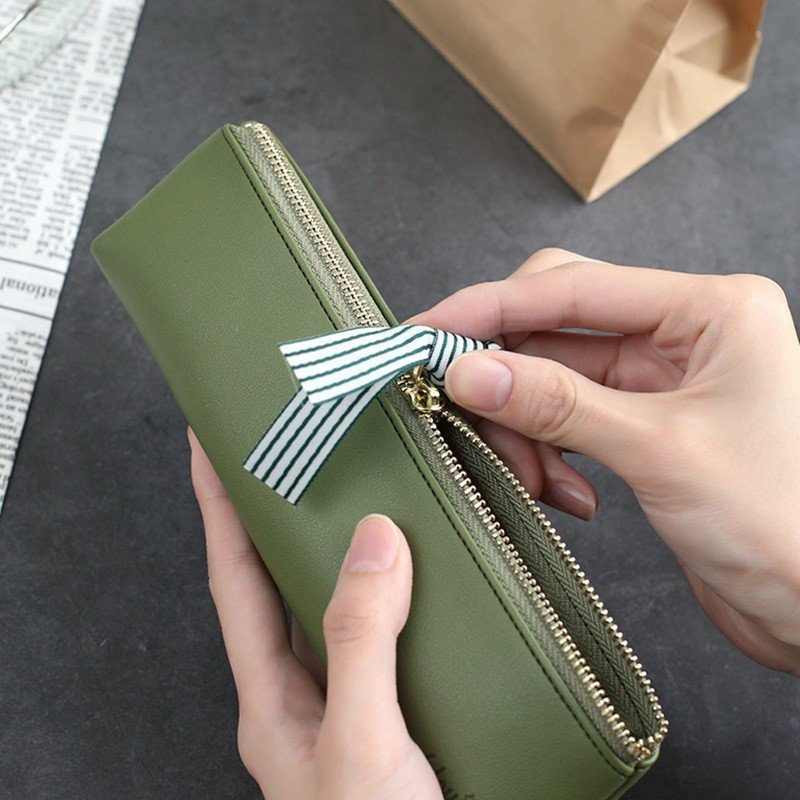 ペンケース おしゃれ 革シンプル 8色 ストライプリボン ファスナー PU 筆箱 大容量 メンズ レディース 男子 女子 学生 大人  高級感