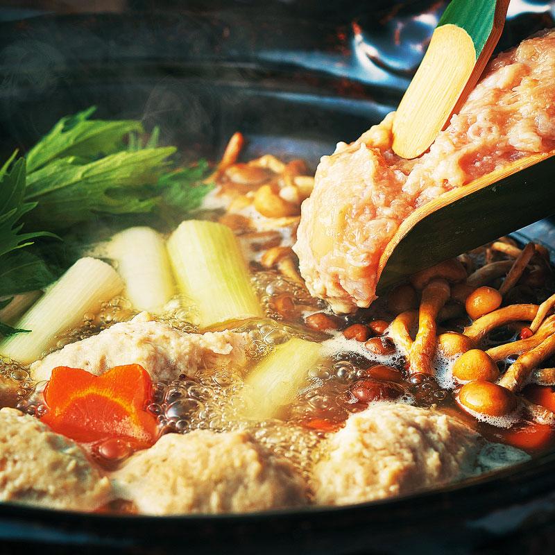 ヨコオ みつせ鶏ガラスープ 500g 冷凍 鶏がら 鶏ガラ お鍋 うどんつゆ 煮物 昆布 かつお ブレンド 出汁 スープ 業務用