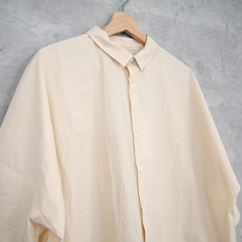 HUIS|ばちばちタイプライタークロスロングシャツ きなり【ユニセックス】