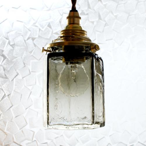 安土草多|ペンダントライト [E17] 八角筒瓶 墨透き被せ