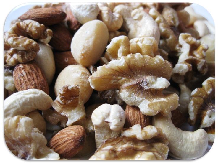 well-done  ミックスナッツ(無塩・無油)  1kg   【ナッツを食べると痩せる?ダイエットにオススメな理由と注意点】【宅配便送料無料】