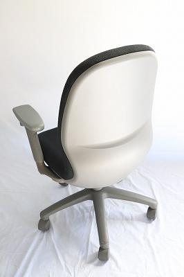 オフィスチェア ハイバック 肘付き 黒色/事務椅子
