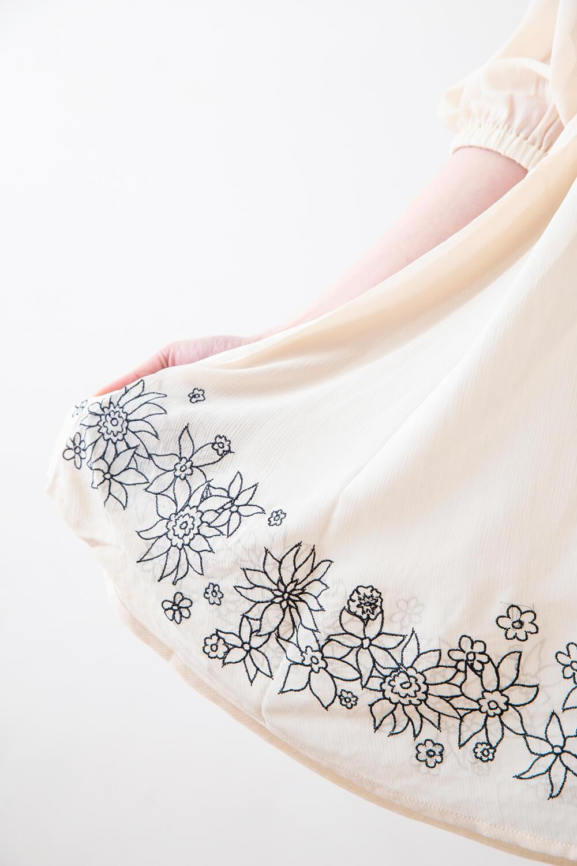 シフォン刺繍フレアーチュニック