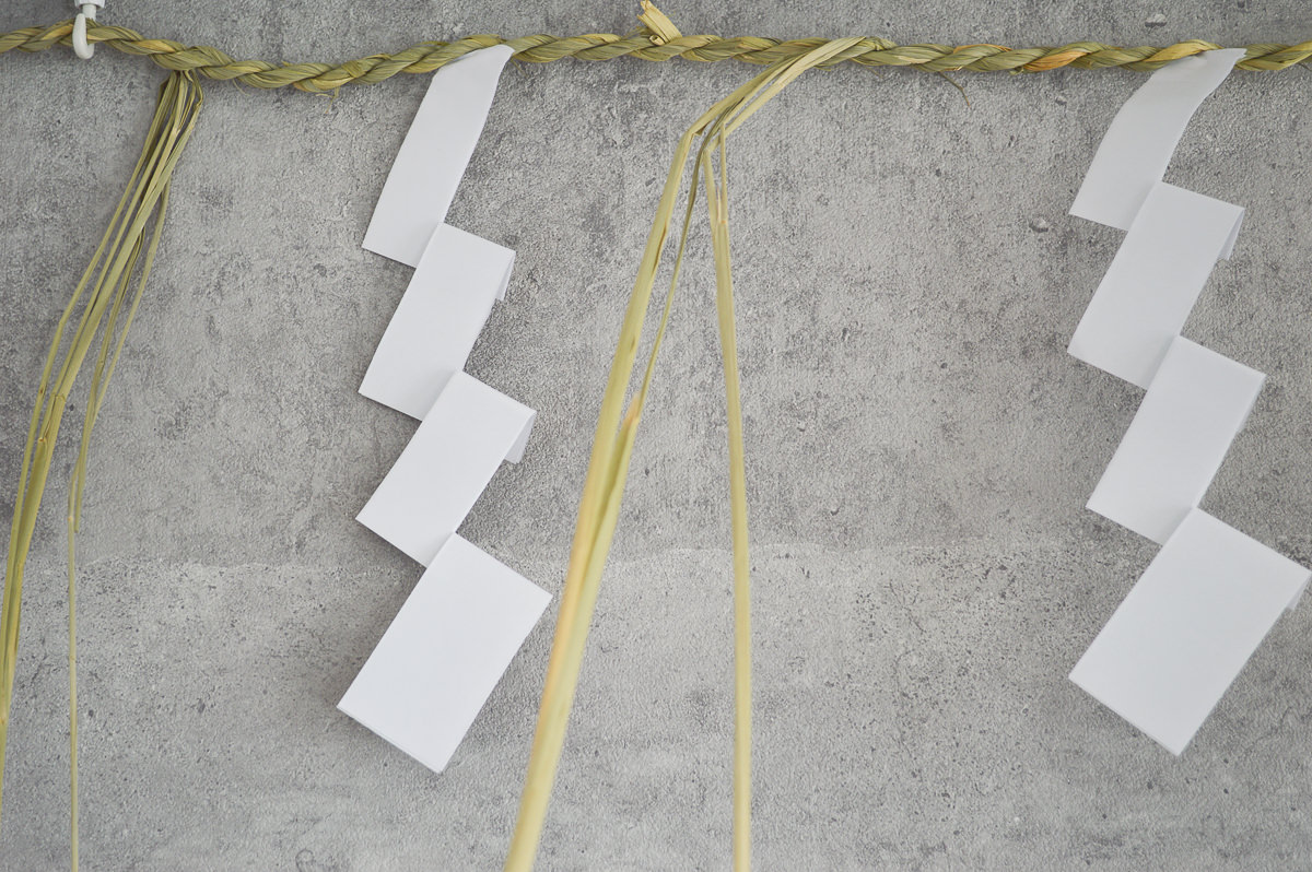 【第一次予約販売】東京都/稲わら しめかざり 板じめ・ナイサゲ 1間(約180cm) 紙垂中4枚付き