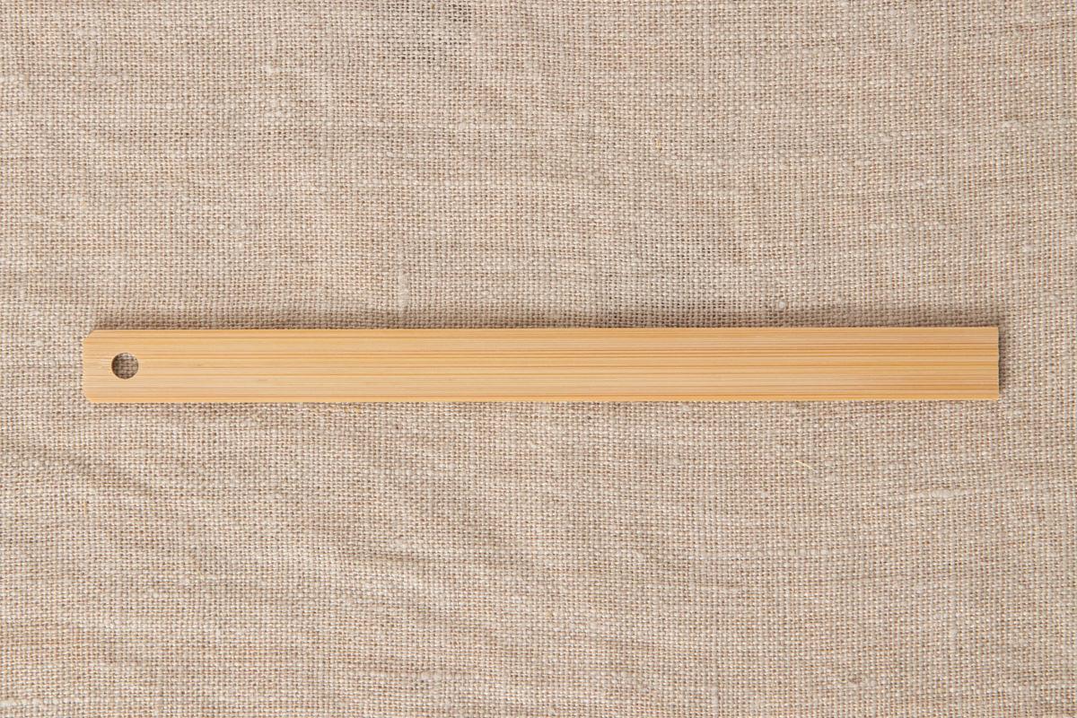 滋賀県 竹ものさし15cm 片目盛13mm巾・穴あり