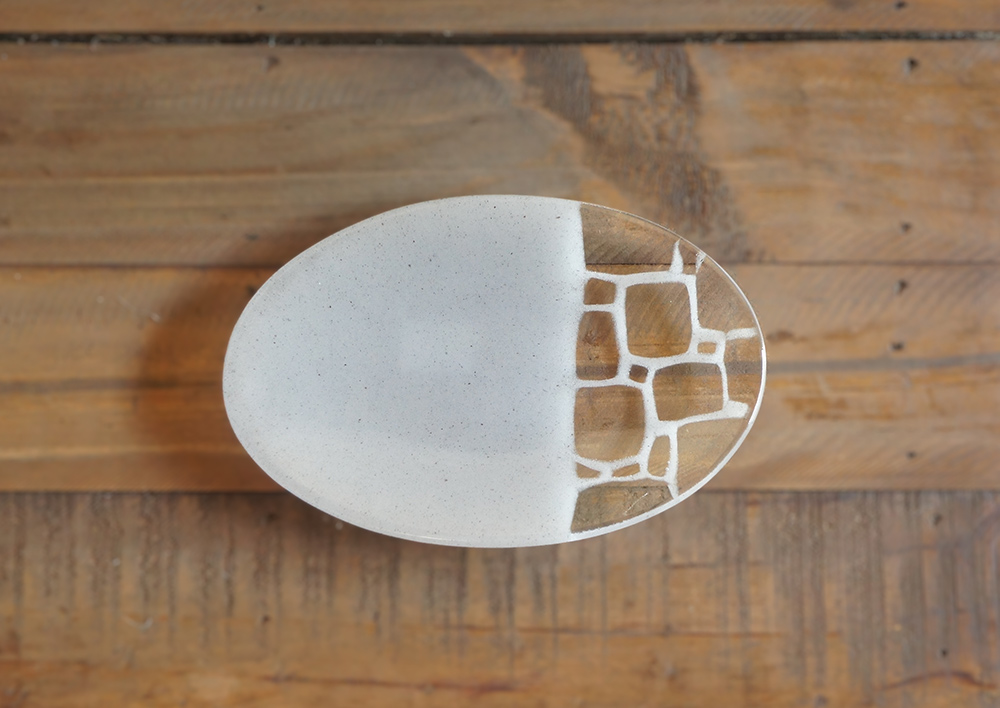 サブロウ 楕円皿(小b) 白ねず