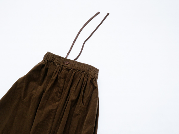 【30%OFF】休日と詩 ホリデースカート