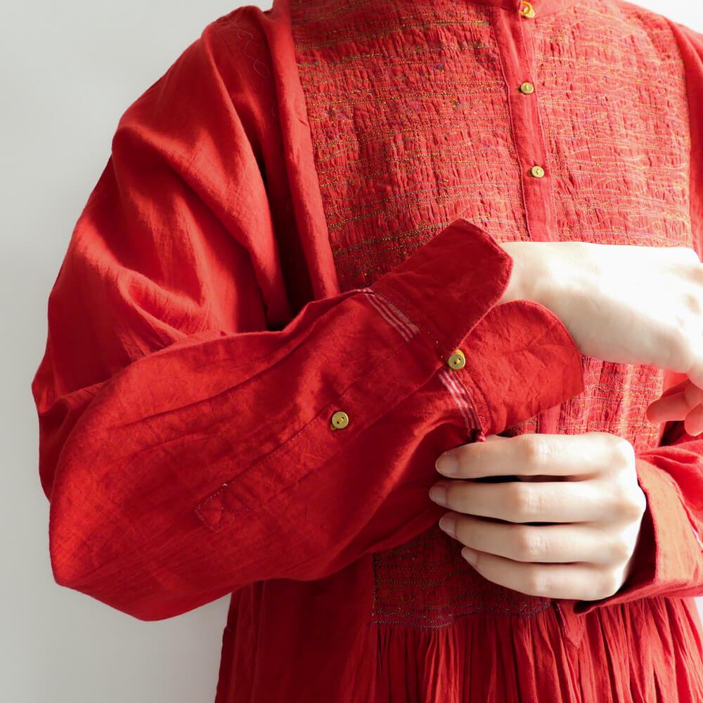 インジリ injiri : ミシンステッチワンピース(RED)