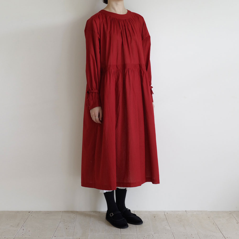 the last flower of the afternoon : 静寂の滴り gathered roundneck yoke dress ギャザーワンピース