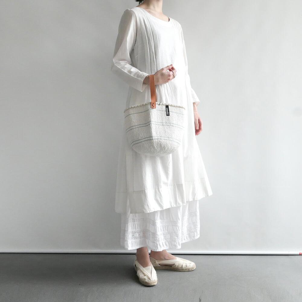 ミフコ Mifuko : サイザルミニバッグ(ホワイト)