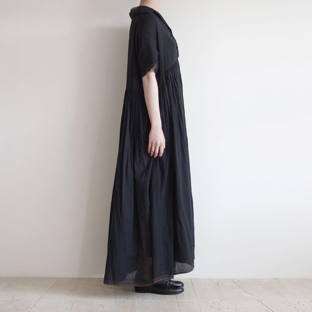 カディー&コー Khadi and Co : FLORA オープンカラーワンピース(BLACK)