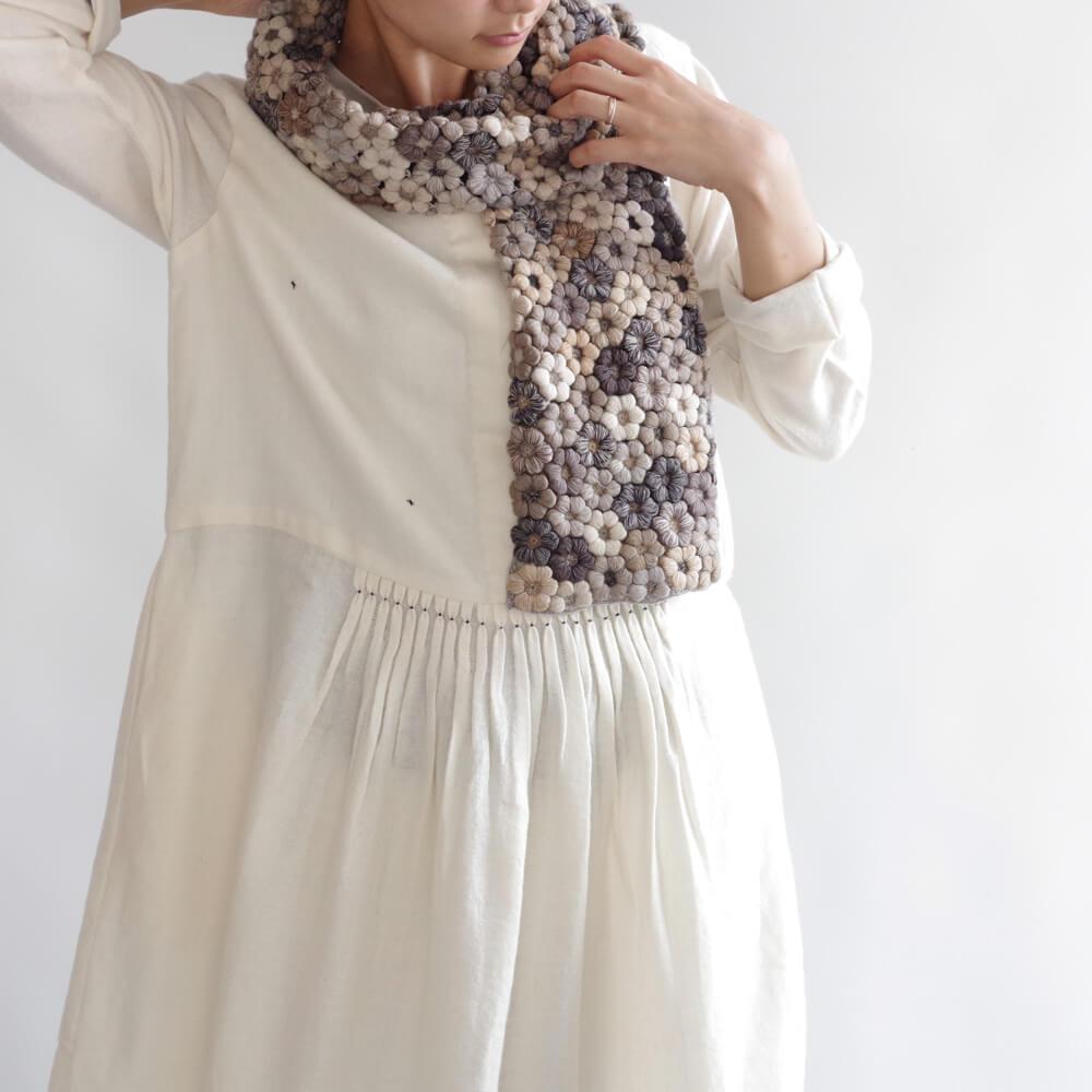 ソフィーディガール Sophie Digard : FREESIAS フラワーかぎ編みウールストール