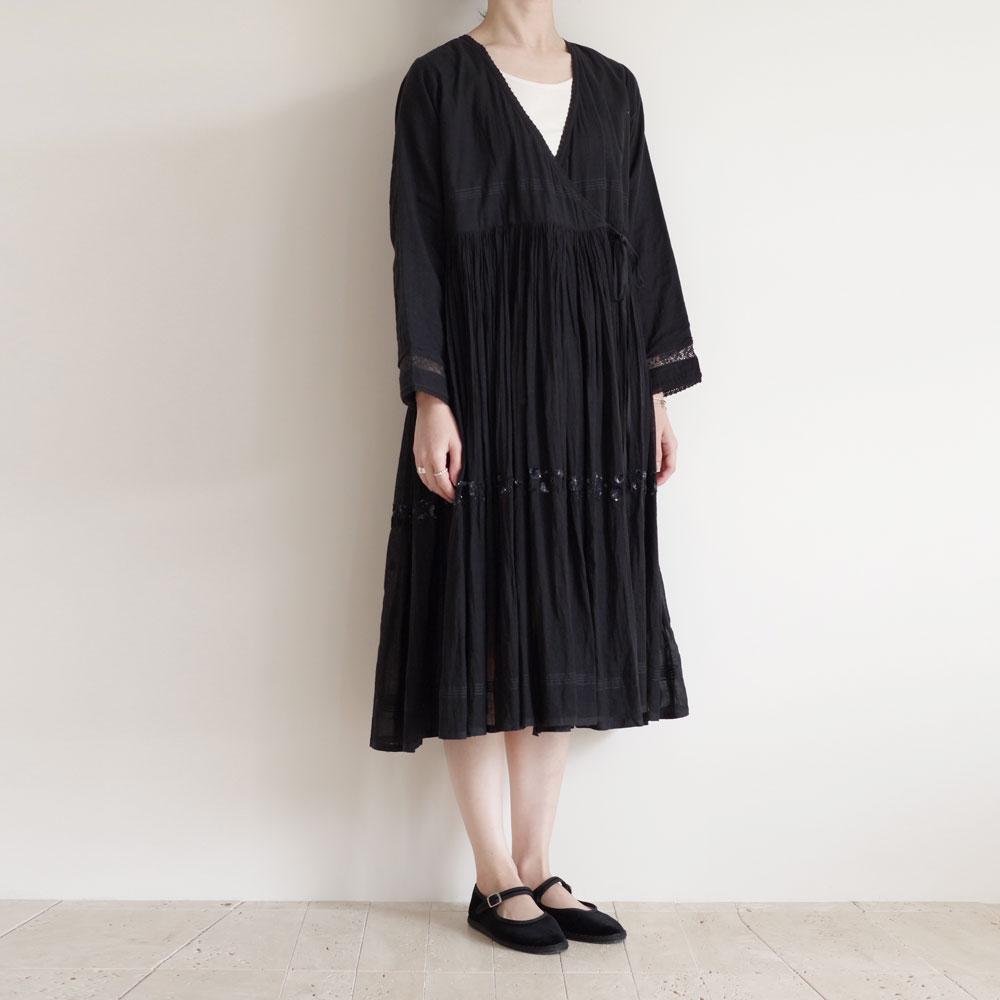 アオドレス AODRESS : Line embroidered anglaka dress 刺繍カシュクールワンピース