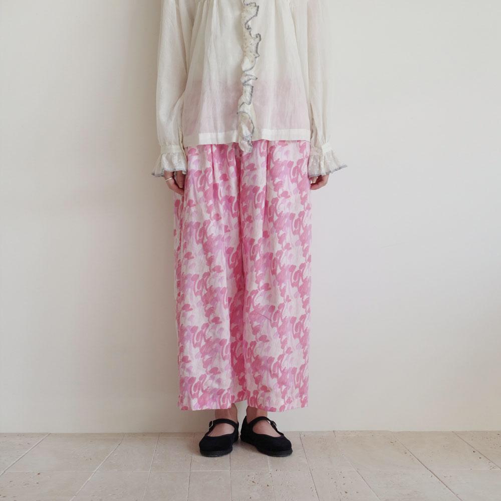 ブノン BUNON :Tuck Pants プリント柄パンツ