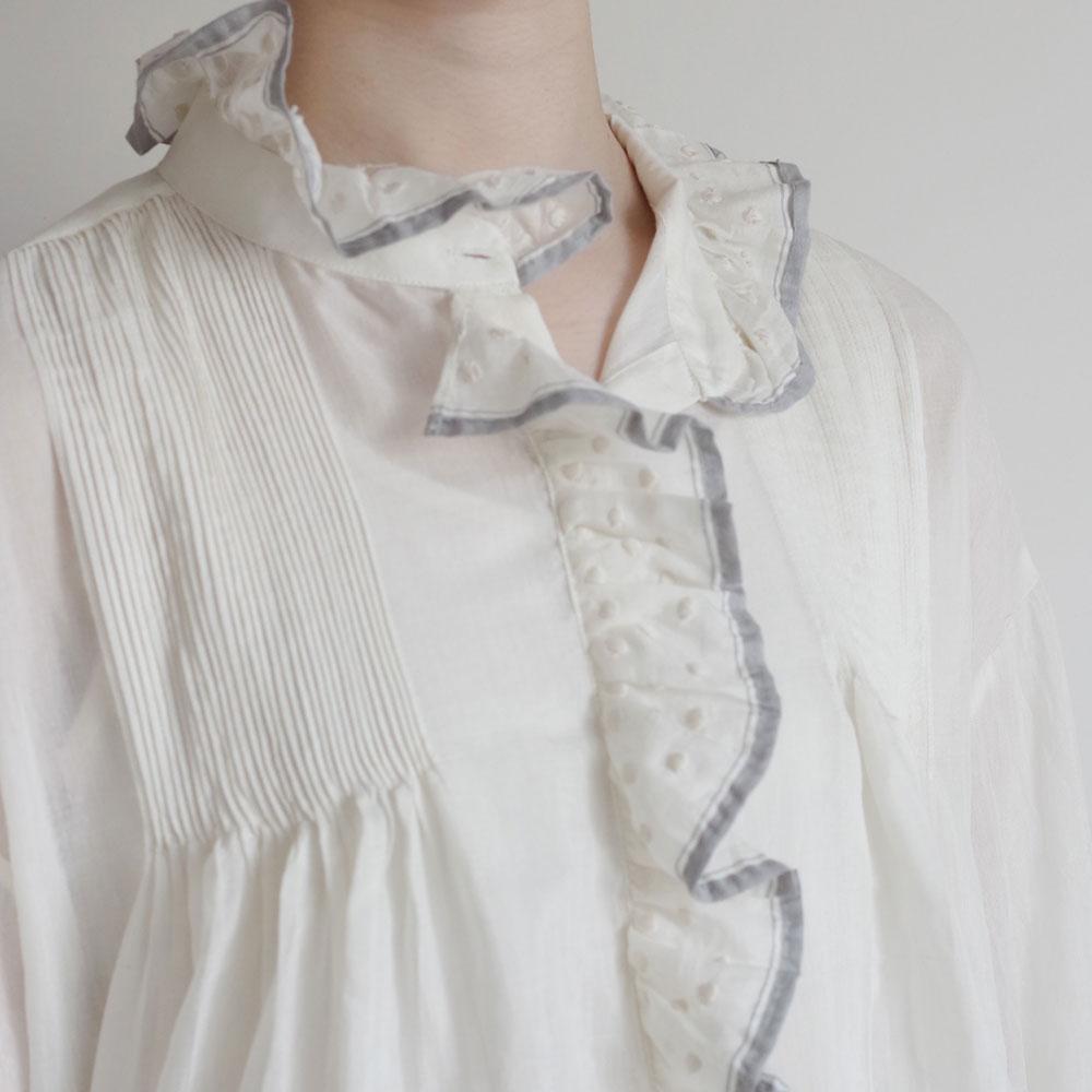 ブノン BUNON : Embroidery Frill Blouse フリルブラウス