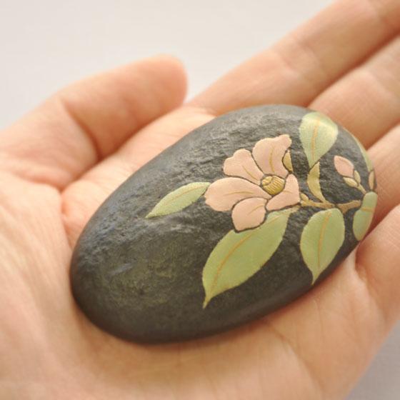 【奈良井志野】石のオブジェ わびすけ椿