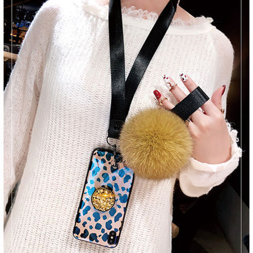 【即納発送】ポンポン ストラップ リング付き iPhoneケース