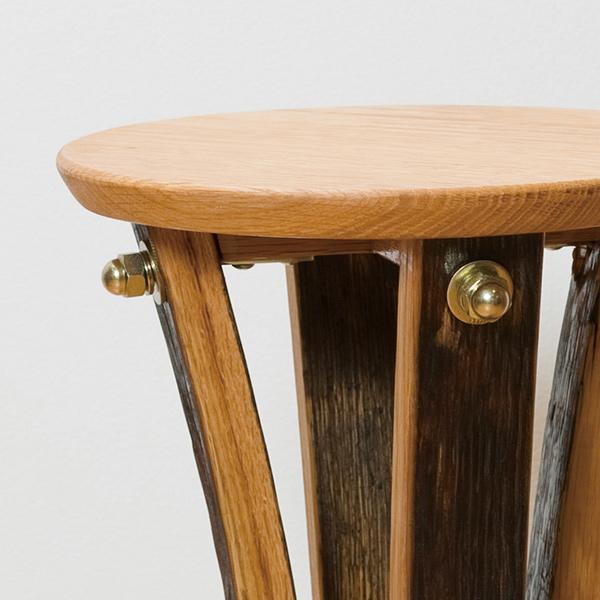 バレルサイドテーブル