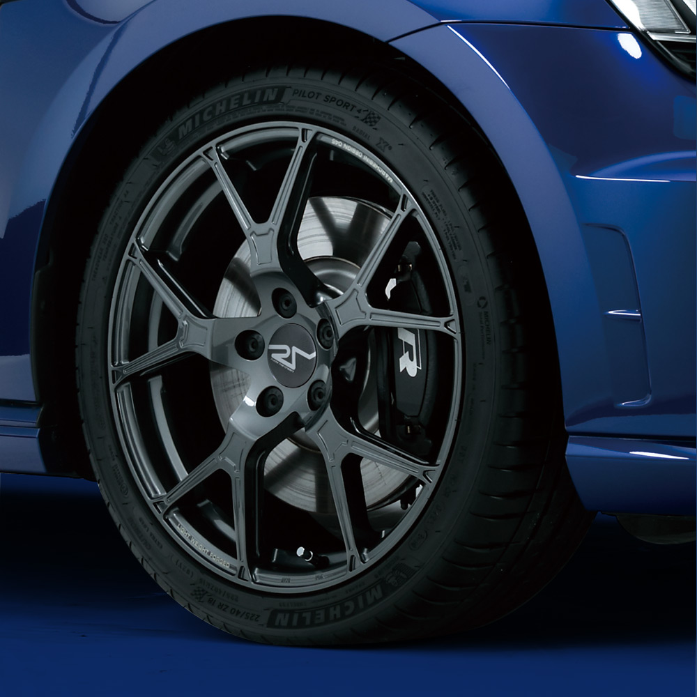 【完売致しました】4本セット MICHELIN PS4 225/40ZR18(サマータイヤ)& ruote marchesini 【鍛造ホイール】VW GOLF/ AUDI A3/S3SB用 F045 7.5Jx18 50 5H 112