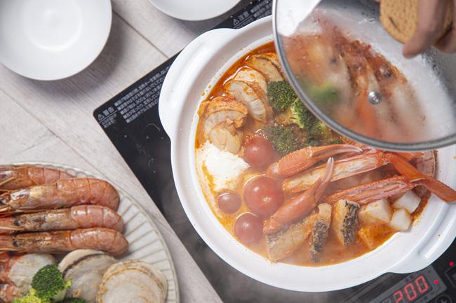 紀伊長島×ラぺ松本一平 豪華海鮮鍋 1.1kg相当 (2~3人前)