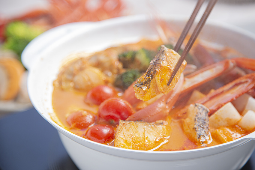 紀伊長島 豪華海鮮鍋×ラペ監修 特製スープ付き 1.1kg相当(2~3人前)