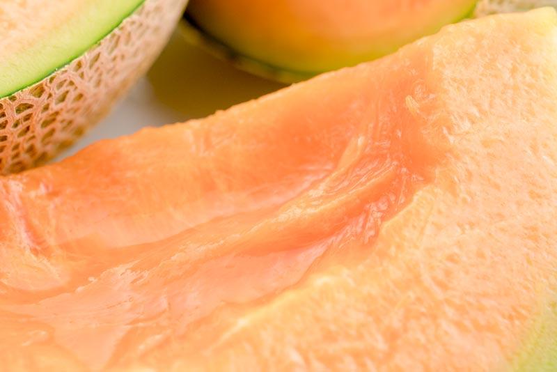 名人・三浦さんの厳選赤肉メロン「みうらメロン」2玉(2.5kg以上)
