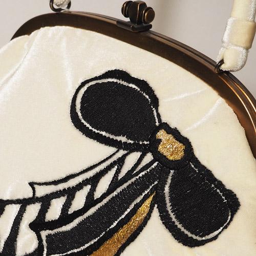 がまぐちハンドバッグ リボン刺繍 ベロア 白