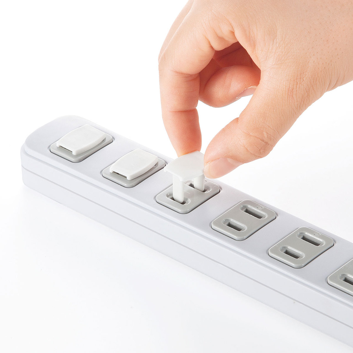 [TAP-CAP2P100] コンセント安全キャップ(2P用・100個入・ホワイト)